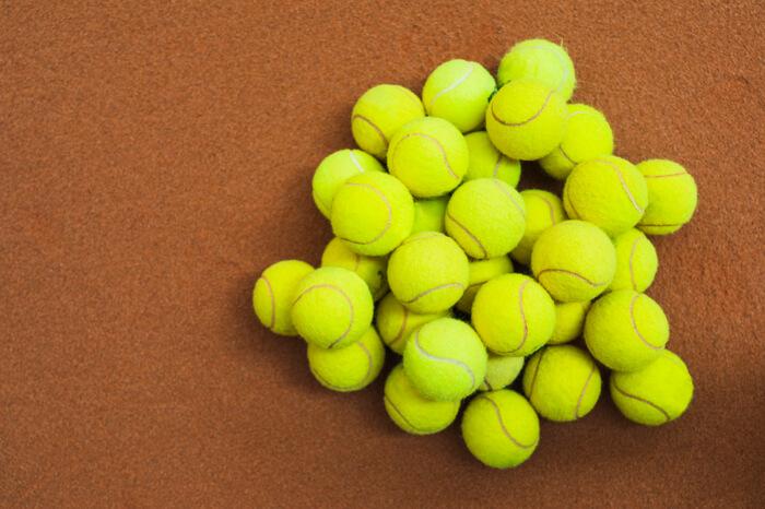 Palline da tennis immagine in evidenza