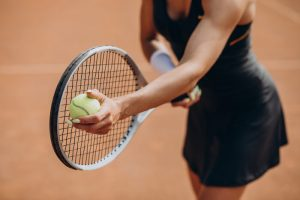 racchetta da tennis immagine in evidenza